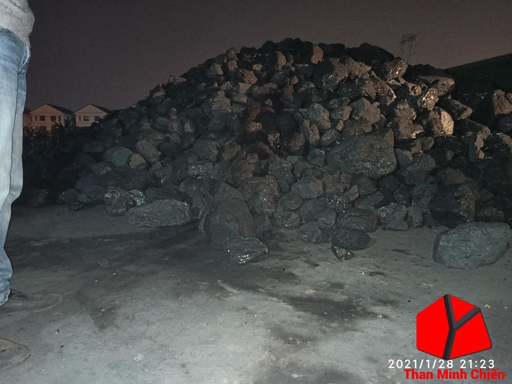 Xưởng bán than số lượng lớn Minh Chiến